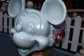 Mickey mailbox